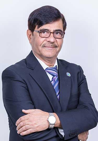 https://www.zulekhahospitals.com/uploads/doctor/Dr-Alind-Kumar.jpg